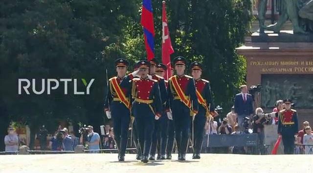 Mãn nhãn với màn duyệt binh hoành tráng nước Nga mừng 75 năm chiến thắng Thế chiến II: 14.000 binh sĩ, 234 khí tài cơ giới và 75 máy bay - Ảnh 4.
