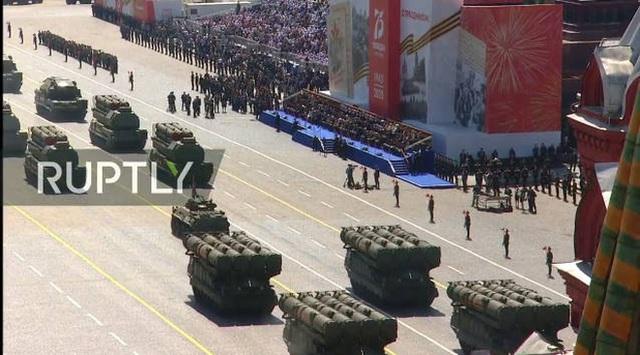 Mãn nhãn với màn duyệt binh hoành tráng nước Nga mừng 75 năm chiến thắng Thế chiến II: 14.000 binh sĩ, 234 khí tài cơ giới và 75 máy bay - Ảnh 34.