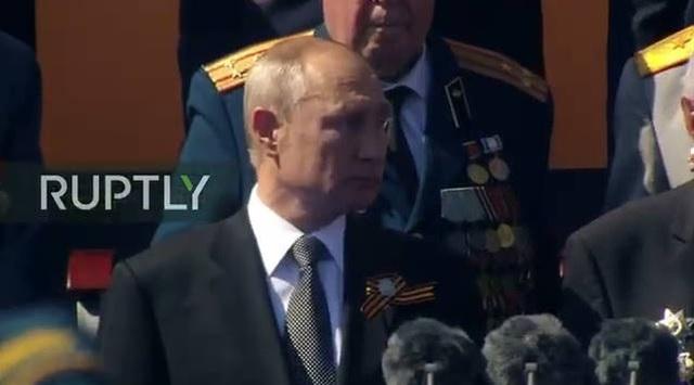 Mãn nhãn với màn duyệt binh hoành tráng nước Nga mừng 75 năm chiến thắng Thế chiến II: 14.000 binh sĩ, 234 khí tài cơ giới và 75 máy bay - Ảnh 5.