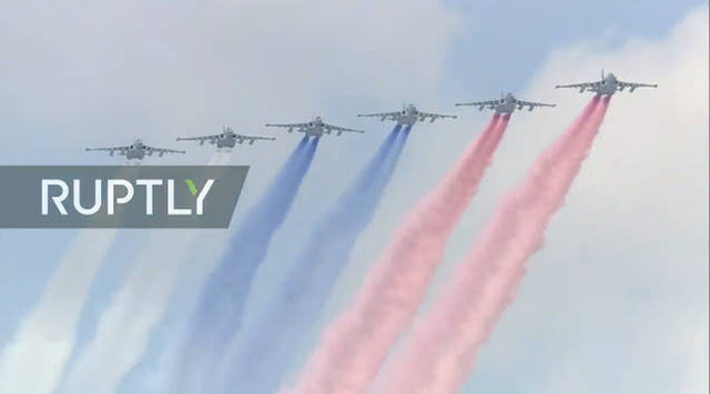 Mãn nhãn với màn duyệt binh hoành tráng nước Nga mừng 75 năm chiến thắng Thế chiến II: 14.000 binh sĩ, 234 khí tài cơ giới và 75 máy bay - Ảnh 44.
