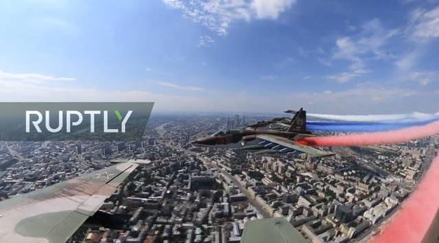 Mãn nhãn với màn duyệt binh hoành tráng nước Nga mừng 75 năm chiến thắng Thế chiến II: 14.000 binh sĩ, 234 khí tài cơ giới và 75 máy bay - Ảnh 46.