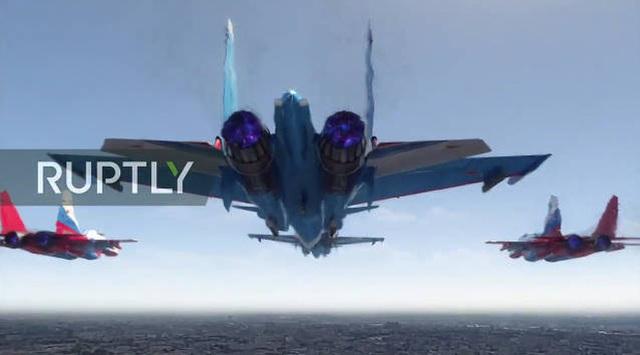 Mãn nhãn với màn duyệt binh hoành tráng nước Nga mừng 75 năm chiến thắng Thế chiến II: 14.000 binh sĩ, 234 khí tài cơ giới và 75 máy bay - Ảnh 47.