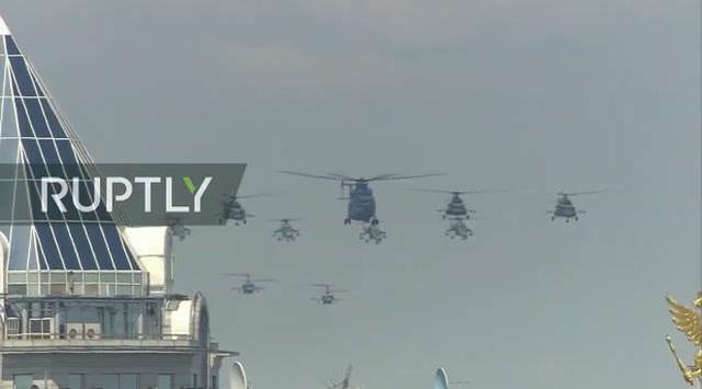 Mãn nhãn với màn duyệt binh hoành tráng nước Nga mừng 75 năm chiến thắng Thế chiến II: 14.000 binh sĩ, 234 khí tài cơ giới và 75 máy bay - Ảnh 50.