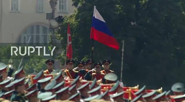 Mãn nhãn với màn duyệt binh hoành tráng nước Nga mừng 75 năm chiến thắng Thế chiến II: 14.000 binh sĩ, 234 khí tài cơ giới và 75 máy bay - Ảnh 6.