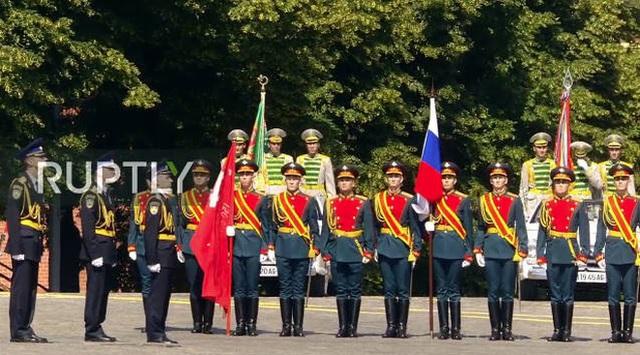 Mãn nhãn với màn duyệt binh hoành tráng nước Nga mừng 75 năm chiến thắng Thế chiến II: 14.000 binh sĩ, 234 khí tài cơ giới và 75 máy bay - Ảnh 7.