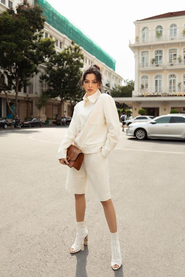 Ba fashionista đình đám biến hoá trong trang phục trắng tinh khiết của NTK Công Trí  - Ảnh 6.