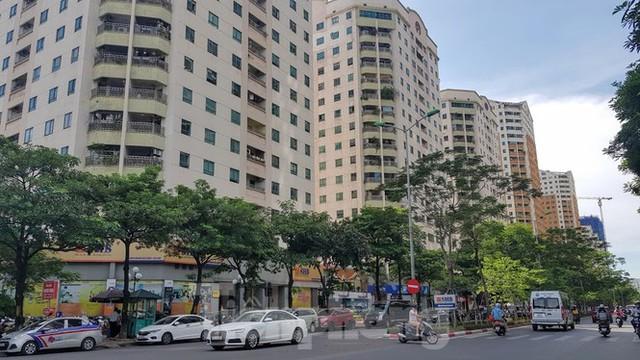 Cận cảnh khu chung cư nghìn căn hộ không phòng sinh hoạt cộng đồng ở Hà Nội - Ảnh 1.