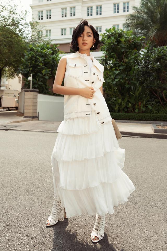 Ba fashionista đình đám biến hoá trong trang phục trắng tinh khiết của NTK Công Trí  - Ảnh 7.