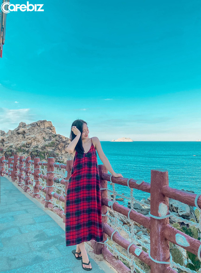 10h đặt vé máy bay, 14h đến Quy Nhơn, cô gái Hà Nội hoàn toàn bất ngờ vì chi phí rẻ, nước biển xanh ngắt, hải sản tươi rói, người dân vô cùng thân thiện - Ảnh 3.