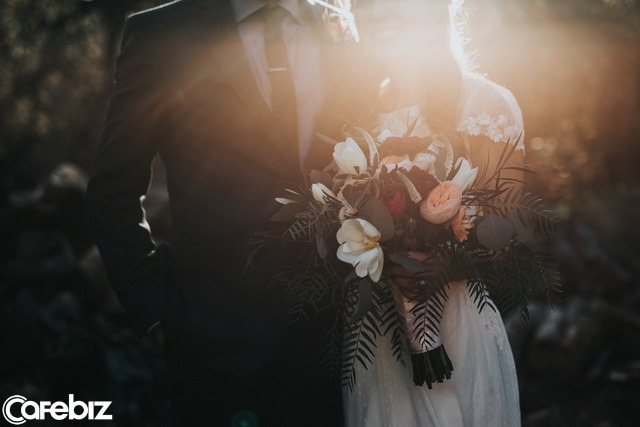Tôi kết hôn đã 30 năm, nhưng chưa bao giờ tiêu tiền của chồng: Hôn nhân đẹp nhất không phải là góp gạo thổi cơm chung, mà là năm tháng về sau - Ảnh 4.