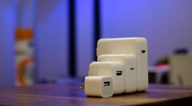 Không bán kèm củ sạc cho khách hàng mua iPhone 12: nghe có vẻ ngược đời nhưng với Apple thì rất có lý! - Ảnh 2.
