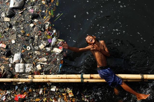 Đất nước vạn đảo đối mặt với thảm họa rác thải khủng khiếp nhất lịch sử - Ảnh 1.