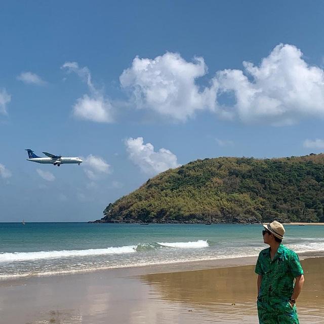 """Một sân bay ở Việt Nam khiến ai cũng """"khiếp vía"""" khi lần đầu nhìn thấy: Phi cơ hạ cánh ngay cạnh nơi du khách... tắm biển? - Ảnh 16."""