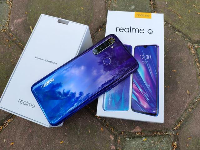Top smartphone pin khủng dành cho tài xế trong tầm giá 6 triệu đồng - Ảnh 4.