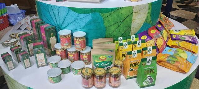 Tỉnh Đồng Tháp – 'bàn tay vàng trong làng khởi nghiệp': Khai trương cửa hàng đặc sản đầu tiên tại Hà Nội, chuyên giới thiệu sản phẩm của startup đất Sen hồng - Ảnh 8.