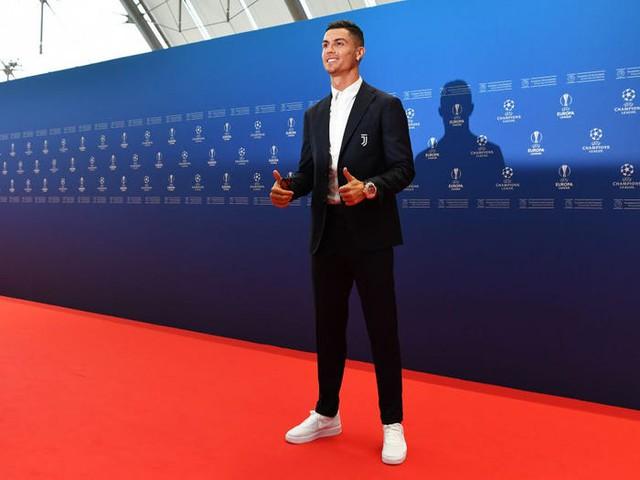 Là cầu thủ đầu tiên có 1 tỷ USD, Cristiano Ronaldo kiếm và tiêu tiền ra sao? - Ảnh 7.