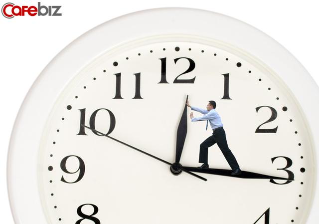 Tiền đẻ ra tiền nhờ quản lý thời gian hiệu quả: Đáng tiếc nhiều người phạm phải 6 sai lầm tử huyệt khi sắp xếp thời gian  - Ảnh 1.
