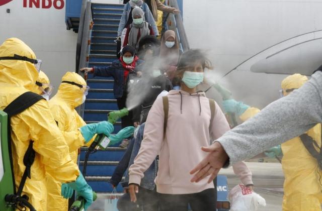 CNBC ca ngợi thành tựu chống dịch Covid-19 chấn động thế giới của Việt Nam - Ảnh 3.