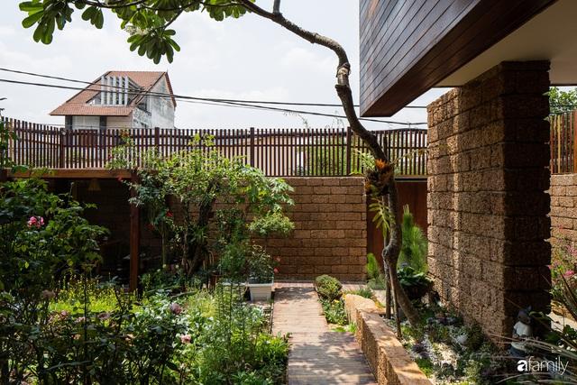 Bố mẹ trẻ xây nhà vườn 300m² giúp các con sống gần gũi với thiên nhiên ở quận Thủ Đức, TP. HCM - Ảnh 11.