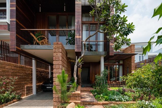 Bố mẹ trẻ xây nhà vườn 300m² giúp các con sống gần gũi với thiên nhiên ở quận Thủ Đức, TP. HCM - Ảnh 3.