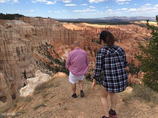 Cặp vợ Việt chồng Mỹ kể lại hành trình tự lái xe đi du lịch khám phá khắp núi rừng nước Mỹ, vào vườn trái cây đẹp như trên phim trong chuỗi ngày tránh dịch Covid-19 - Ảnh 32.