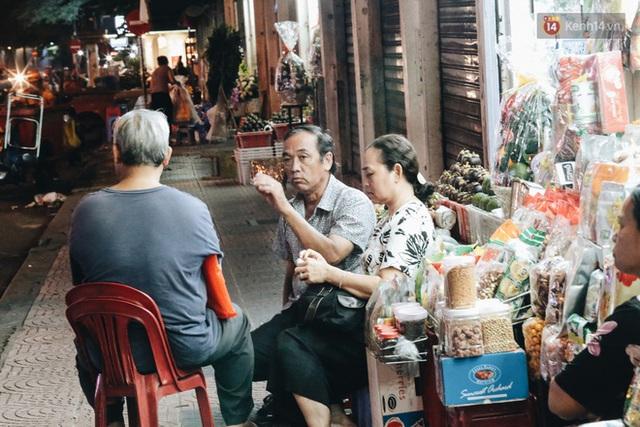 Có một chợ đêm Bến Thành buồn đến nao lòng: Khách Việt còn không có chứ nói chi khách nước ngoài - Ảnh 13.