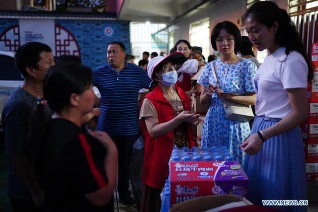 TQ: Cận cảnh cuộc sống của người dân ở nơi xảy ra vỡ đê trên sông Dương Tử - Ảnh 3.