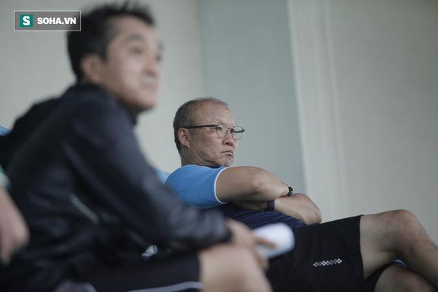 HLV Park Hang-seo: ĐT Việt Nam bị lộ chiến thuật, tôi đang xem xét 100 cầu thủ để lựa chọn - Ảnh 1.