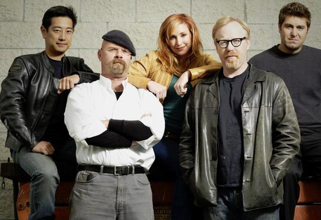 Người dẫn chương trình của show khám phá khoa học nổi tiếng MythBusters bất ngờ qua đời - Ảnh 1.