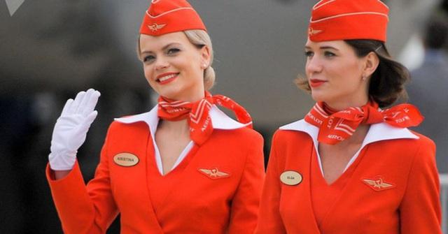 Góc khuất ít ai biết của nghề tiếp viên hàng không: Bị quấy rối tình dục, cơ thể lão hóa nhanh và những cuộc tình chớp nhoáng - Ảnh 1.