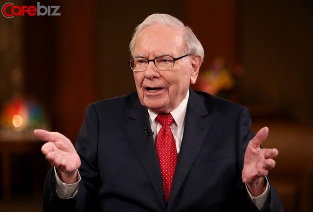 89 tuổi như Warren Buffett vẫn còn học PPT, còn bạn vẫn ở đó lười biếng: Hôm nay thoải mái an nhàn, ngày mai chính sự an nhàn ấy ép bạn không còn đường lui! - Ảnh 1.