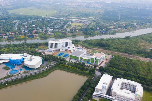 Vietcombank xây trung tâm đào tạo tại Ecopark: Xanh-sang-xịn, có hồ bơi, sân bóng như một khu nghỉ dưỡng đẳng cấp - Ảnh 4.
