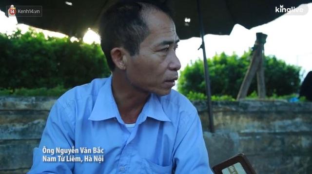 Những núi rác ngày một cao giữa Hà Nội khiến ai đi qua cũng phải bịt mũi, nín thở - Ảnh 5.