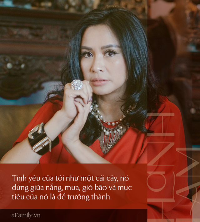 Thanh Lam ở độ tuổi 50: Ở đây có một người đàn bà đang yêu và được yêu - Ảnh 14.