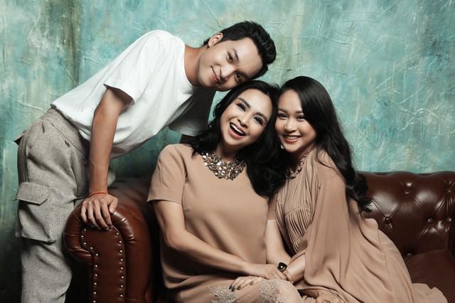 Thanh Lam ở độ tuổi 50: Ở đây có một người đàn bà đang yêu và được yêu - Ảnh 4.
