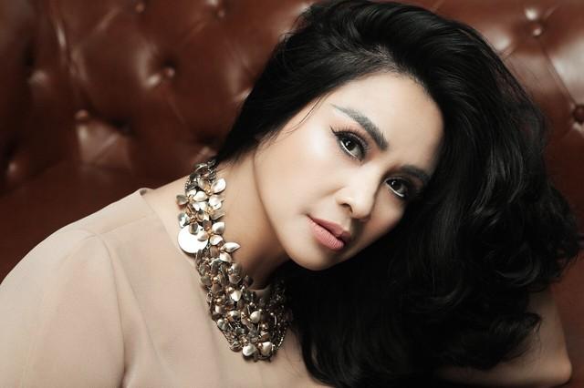 Thanh Lam ở độ tuổi 50: Ở đây có một người đàn bà đang yêu và được yêu - Ảnh 6.