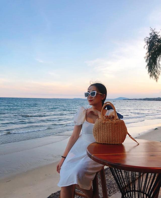 Chỉ cách Sài Gòn 4 giờ đồng hồ, có Mũi Né biển xanh cát trắng nắng vàng, sở hữu địa điểm ngắm hoàng hôn siêu chill - Ảnh 11.