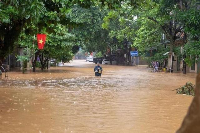 Hà Giang thiệt hại khủng khiếp sau lũ: Nhiều người chết, 2 nhà máy thủy điện bị vùi lấp - Ảnh 2.