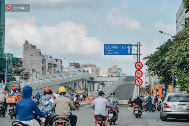 Clip, ảnh: Người Hà Nội thích thú với diện mạo mới của đường Trường Chinh đau khổ - Ảnh 14.