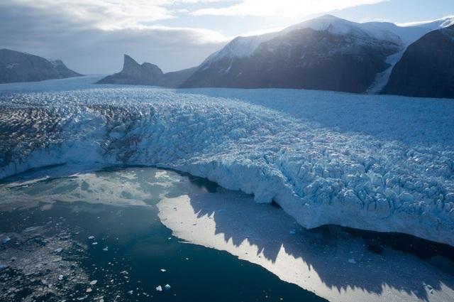Đợt sóng nhiệt lớn tại Siberia khiến biển băng Bắc Cực tan với tốc độ đáng lo ngại - Ảnh 2.