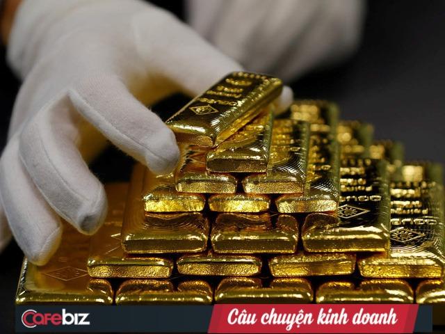 Chỉ 2 tuần tăng từ 49 triệu đồng/lượng lên 55 triệu đồng/lượng, bản chất giá vàng thế nào? 30 năm qua thay đổi ra sao? Đây có phải kênh đầu tư hấp dẫn? - Ảnh 2.