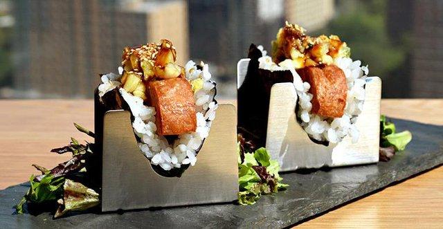 """Spam - Huyền thoại"""" đại diện ẩm thực Mỹ: Từ khẩu phần ăn của binh lính đến món khai vị đắt đỏ giữa trung tâm New York - Ảnh 6."""