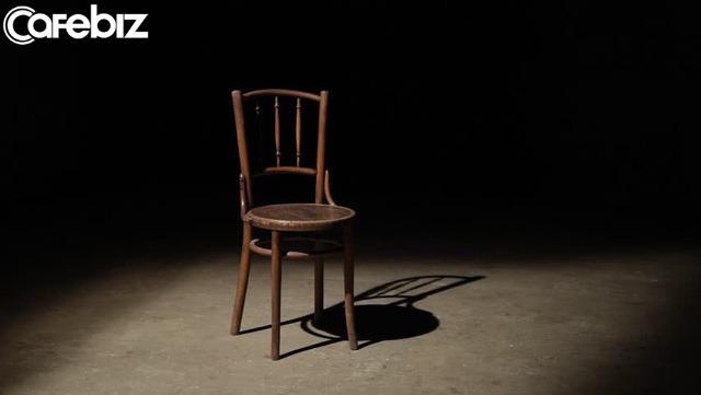 Bớt đổ lỗi cho sự cô đơn, hãy cố gắng bày tỏ cảm xúc: Để cảm xúc ấy lấn át tâm trí, bạn thua! - Ảnh 1.