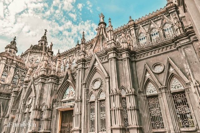 Cận cảnh nhà thờ đang hot nhất ở Nam Định được ví y như trên phim Harry Potter và tới khi đến xem trực tiếp thì nó đẹp thật trời ạ! - Ảnh 5.