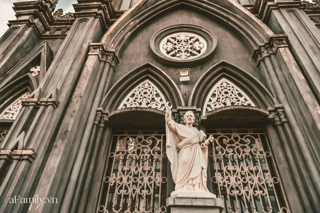 Cận cảnh nhà thờ đang hot nhất ở Nam Định được ví y như trên phim Harry Potter và tới khi đến xem trực tiếp thì nó đẹp thật trời ạ! - Ảnh 6.