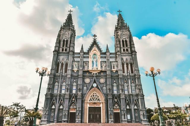 Cận cảnh nhà thờ đang hot nhất ở Nam Định được ví y như trên phim Harry Potter và tới khi đến xem trực tiếp thì nó đẹp thật trời ạ! - Ảnh 10.
