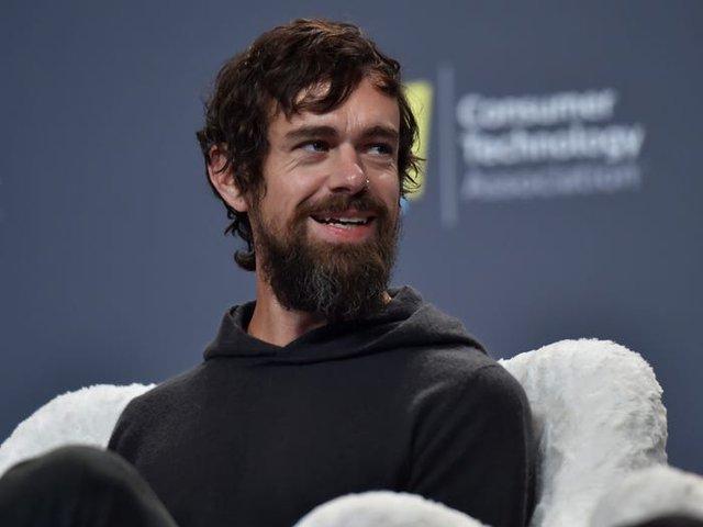Cuộc sống và sự nghiệp của CEO Twitter – tỷ phú bỏ học sở hữu tài sản 7 tỷ USD - Ảnh 10.