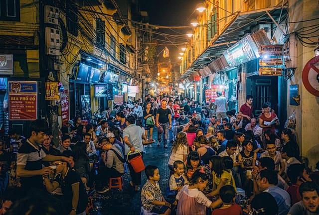 Hà Nội, TP.HCM và các khu du lịch lớn không còn bị cấm thức đêm - Ảnh 1.