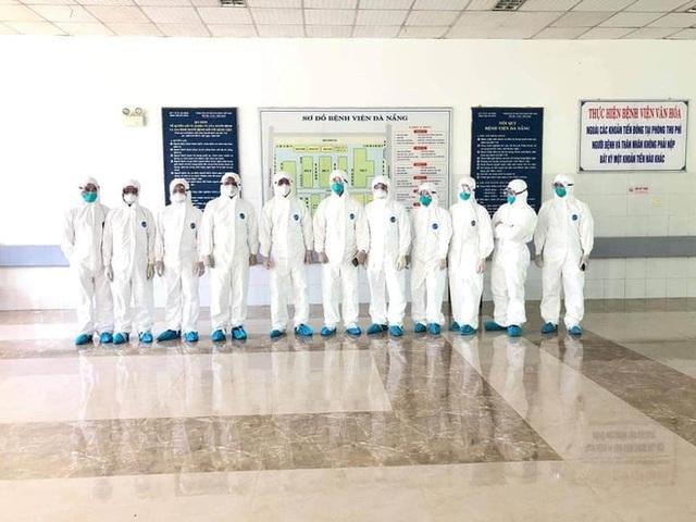 Hình ảnh các y bác sĩ cả nước đến Đà Nẵng, vội vã chống lại Covid-19 gây xúc động mạnh - Ảnh 1.
