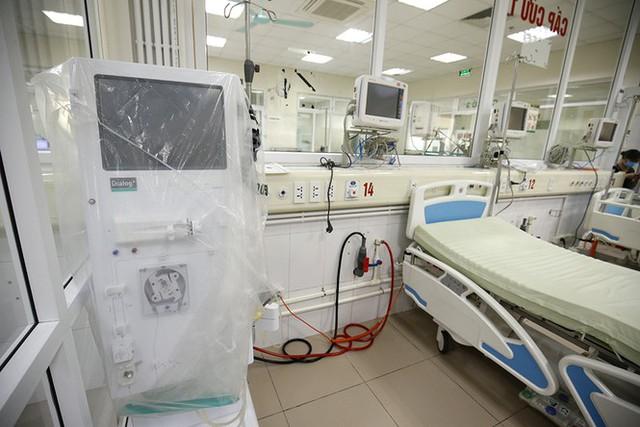 Bên trong bệnh viện đón 120 người nhiễm COVID -19 về từ Guinea Xích Đạo - Ảnh 3.